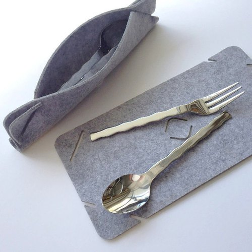 Cutlery set Sand color