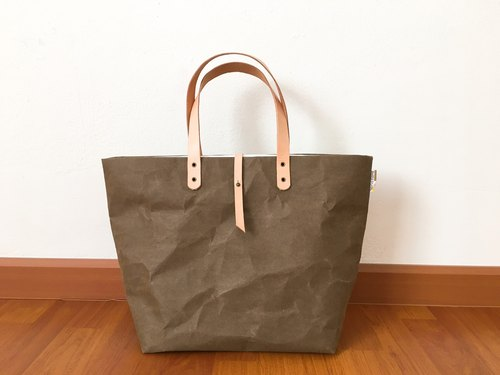 Kraft dark brown Tote shoulder bag Large with Closure and Tyvek lining