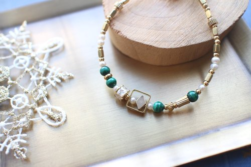 Malachite's song-Pearl Malachite brass bracelet