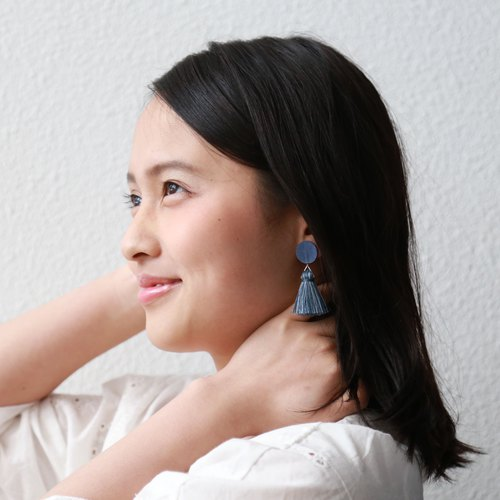 Tassel paper earrings -Blue-