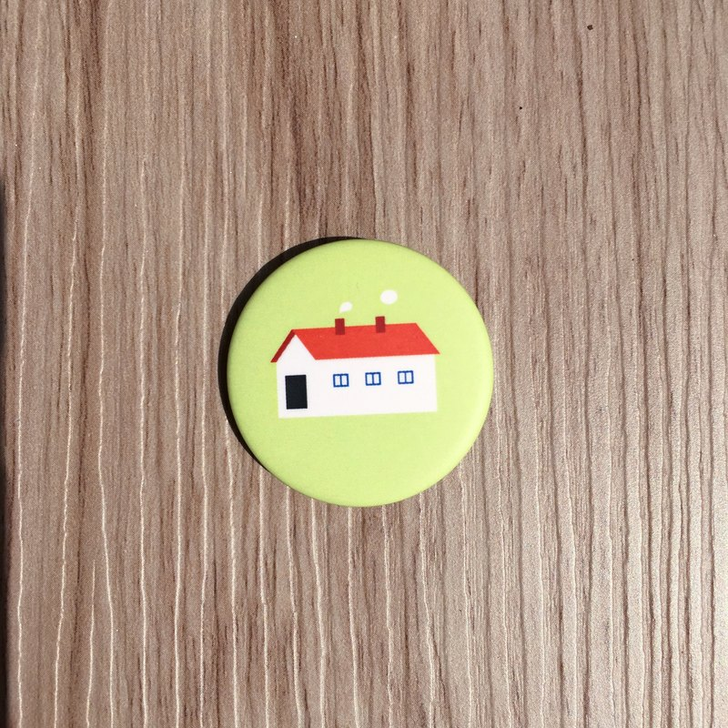 Small house badge