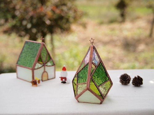 Tree Shining green shining in the holy night Christmas tree · stained glass · candle holder