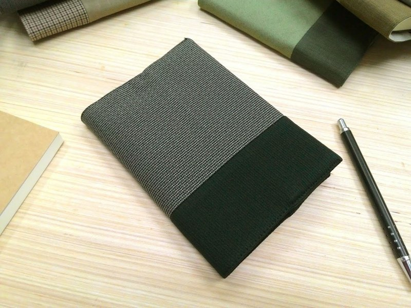 Junior A6 clothes - deep dark green cloth book (the only commodity) B04-021