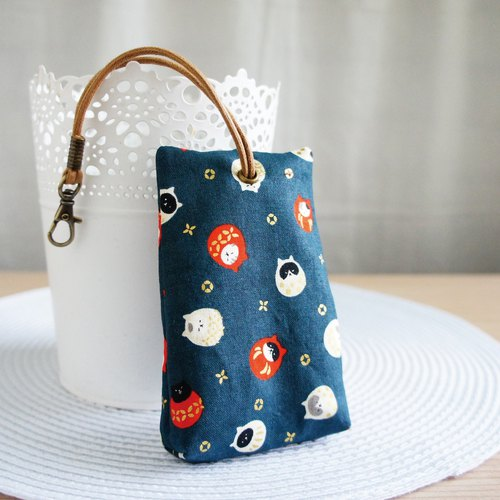 Lovely [Japanese cotton] cat tumbler stereo tea bag zip key pack, ID proximity card available, dark blue
