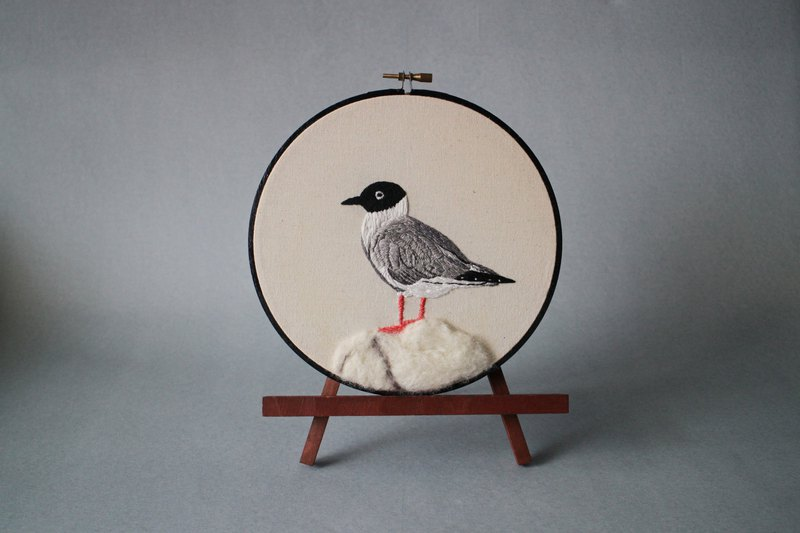 Embroidered bird set _ small black-headed gull handmade embroidery works