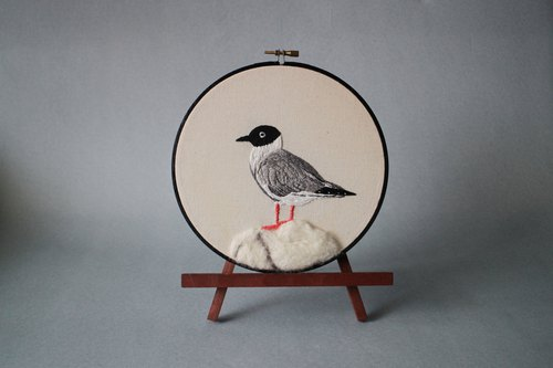 tokay.tw embroidery bird set _ black-headed gull embroidery painting