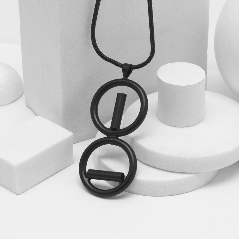 Recovery Copper Tube Welding Asymmetric Necklace (Fog Black)