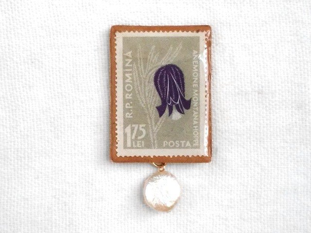 * Wind flower and freshwater pearl * Romanian stamp brooch