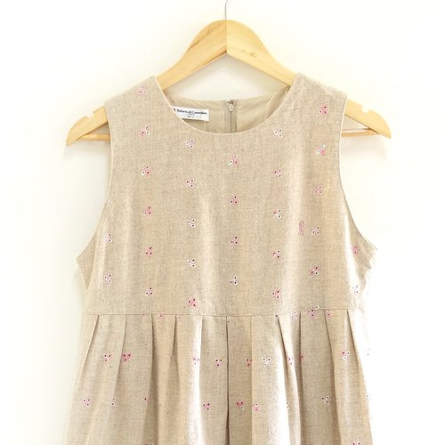 │Slowly │ fly - vintage dress │ vintage. Vintage.