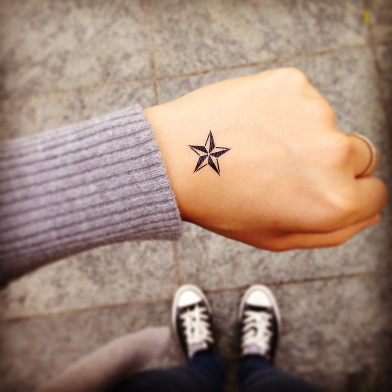 TOOD Tattoo Sticker | Hand Position Star Tattoo Sticker (2 pieces)