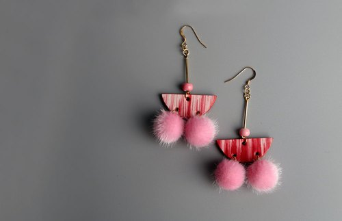 何非OPHIR HE 植鞣革 The first layer of leather handmade painting dye earrings pink thoughts