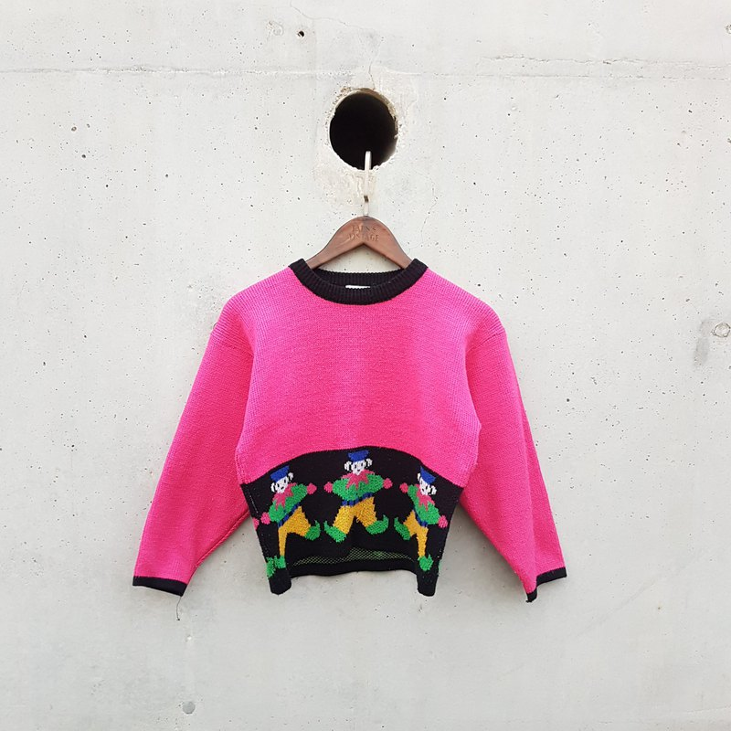 Gecko Gee - Peter Pan bright pink sweater
