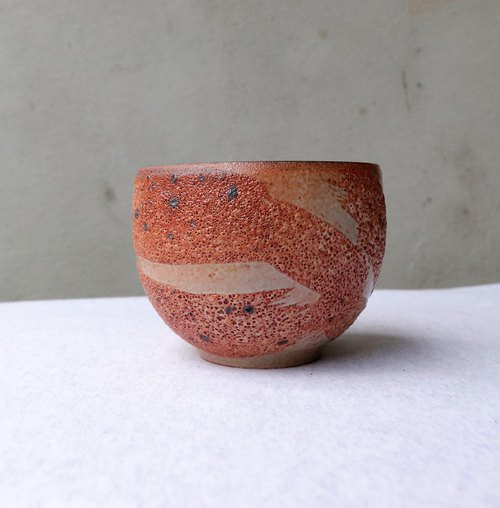 Hand-painted zeroth moth iron spot tea bowl