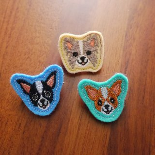 Happy dog ​​(B) embroidery brooch 3 (bottom cloth color randomly produced)