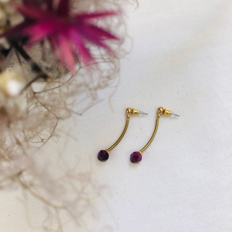 Dark red tiger eye simple brass earrings can be changed ear clip