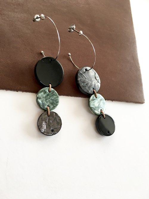 Onyx, Seraphinite, Hypersthene Hoop-earring