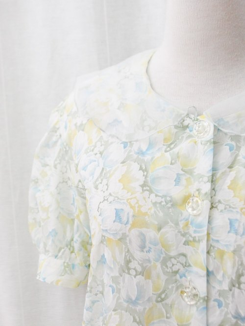 【RE0720T122】 Japanese-made forest system retro floral hollow lapel short-sleeved ancient shirt