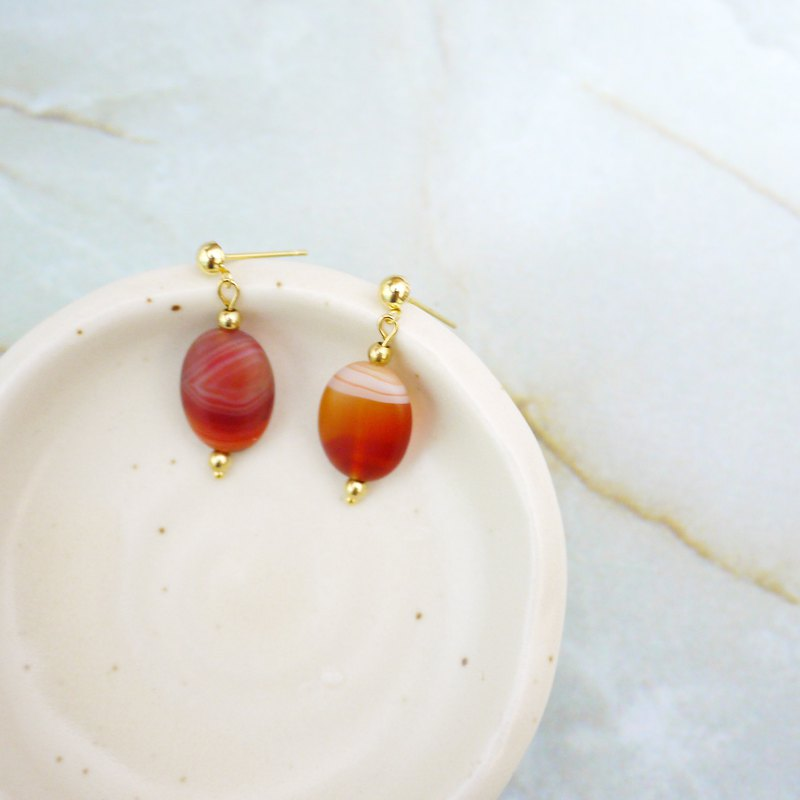 Red agate retro earrings