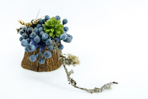 Artificial floral - blue fruit tree branch of gold ants tree pots