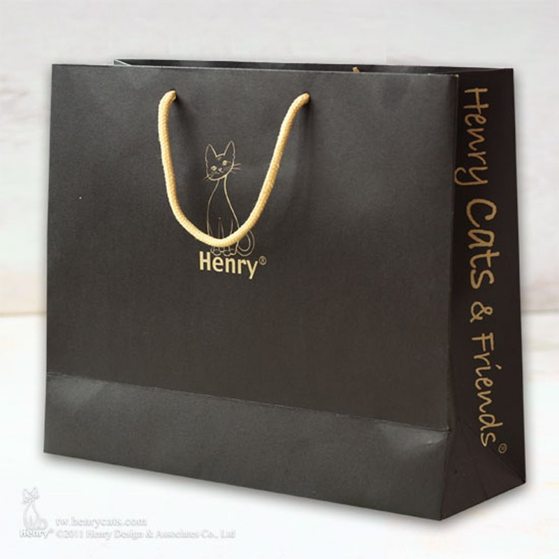 [Henry House Family] Black Gift Bag