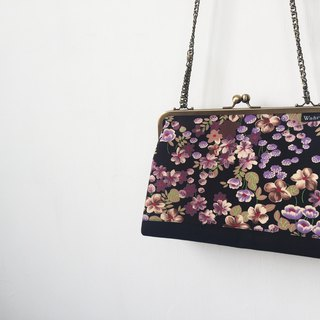 black flowers all clasp frame bag/with chain/ cosmetic bag