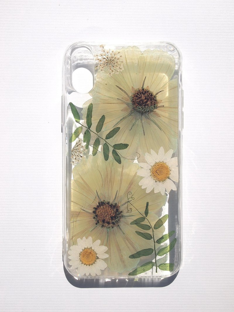 Pressed flower phone case, Handmade phone case, iPhone X, Lake green cosmos