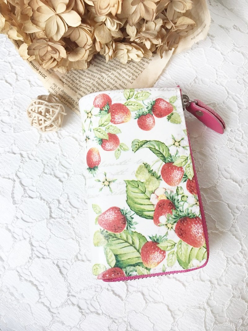 Strawberry handmade gift leather multifunction key cases (inside there are two pink and coffee color optional)