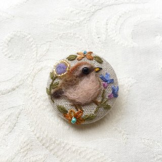 brooch of chick