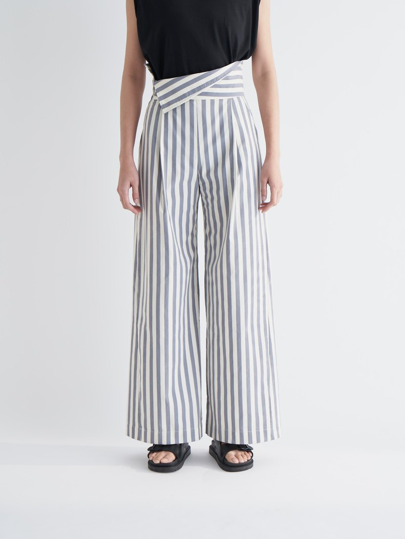 YIBO/Striped High Waist Reflexed Wide Pants