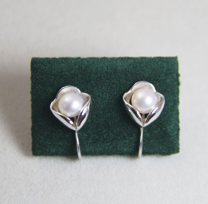 Tulip ear clips