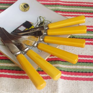 Nordic grocery - Early Swedish butter knife handle made of plastic Group Set of 6 Swedish Vintage Jernbolaget Eskilstuna Rostfri Cutlery Knives