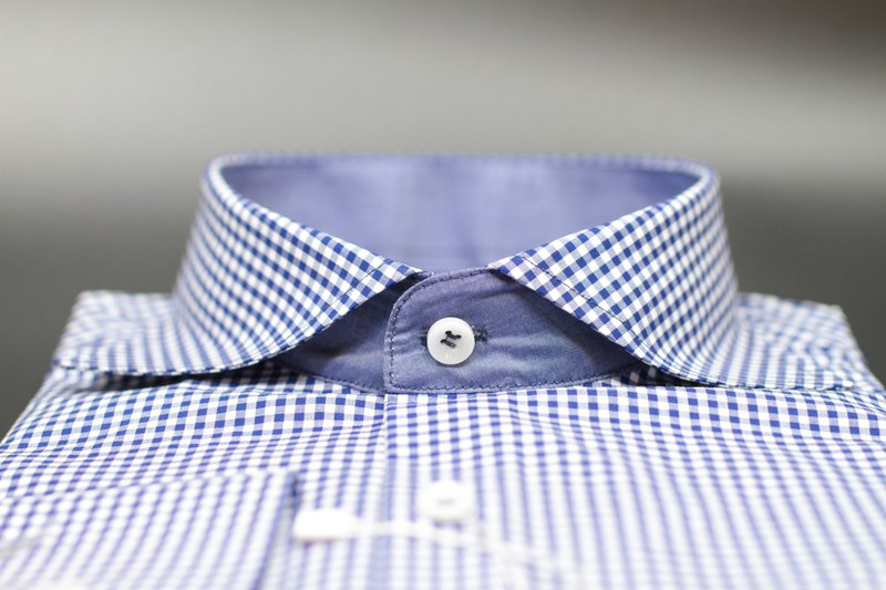 DARK BLUE GRID SHIRT WITH WIDESPREAD COLLAR