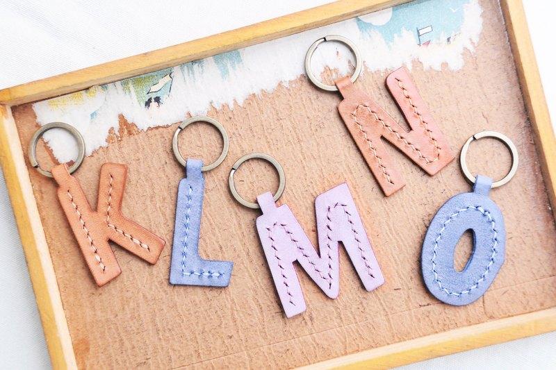 【頭文字 K|L|M|N|O 英文字母鎖匙扣—白蠟皮組|W.W 】好好縫 皮革材料包 手工包 擦蠟皮 匙扣 鑰匙圈 簡約實用 意大利皮 植鞣革 皮革DIY