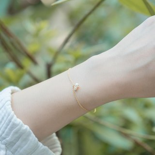 Pearl small fruit gold bracelet - small pearl