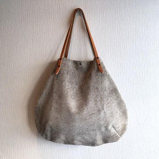 """Genuine leather"" Angola velor and round tote bag of extremely thick oil nude [beige]"