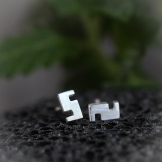 S - ต่างหูตัว S - Silver Earrings / Sterling Silver / Earrings / 耳環 / 銀