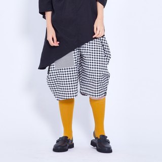 Corsage Pants (Big Grid) Taiwan Design