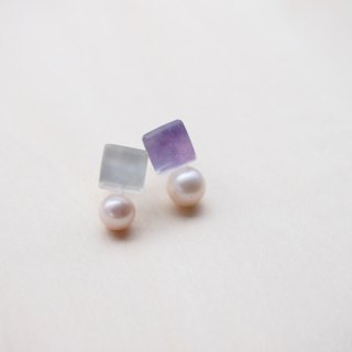 earrings : cube with the pearl EWBY