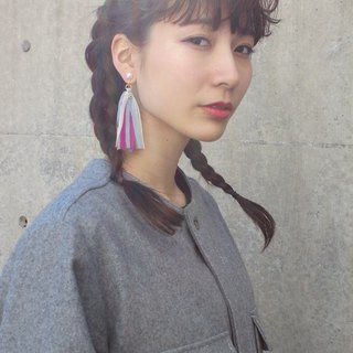 tulle fringe earring asymmetry pink blue mix