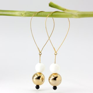 Jinyu Baiyu Large Circle Earrings