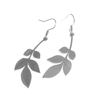 Leaf graphic earring