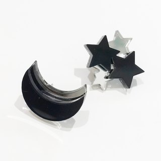Moon and Star Earrings / Earrings - Black
