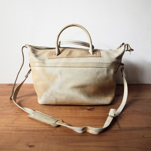 Rolling on [Vintage] BD-0340 beige leather shoulder bag
