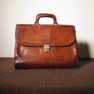 Shika Vintage Bag // caramel color briefcase / antique bag old leather classic old only this one