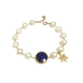 Sapphire with freshwater pearl bracelet