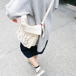 Life tale / contention slippers bag
