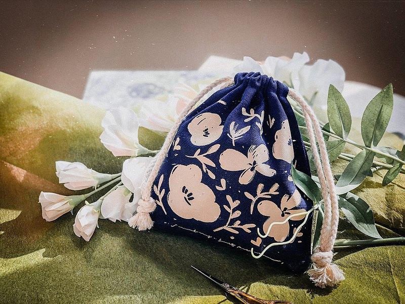 鄉野田間 - 束口袋(藍)