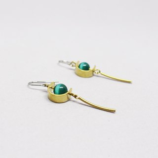 half's half- tassel earrings (green) - Opal / brass / earrings / green / Stainless Steel Ear