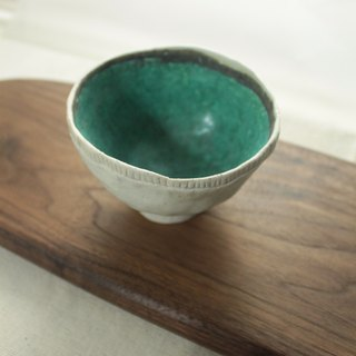 ㄧ bowl universe ~ pure hand-picked pottery bowl