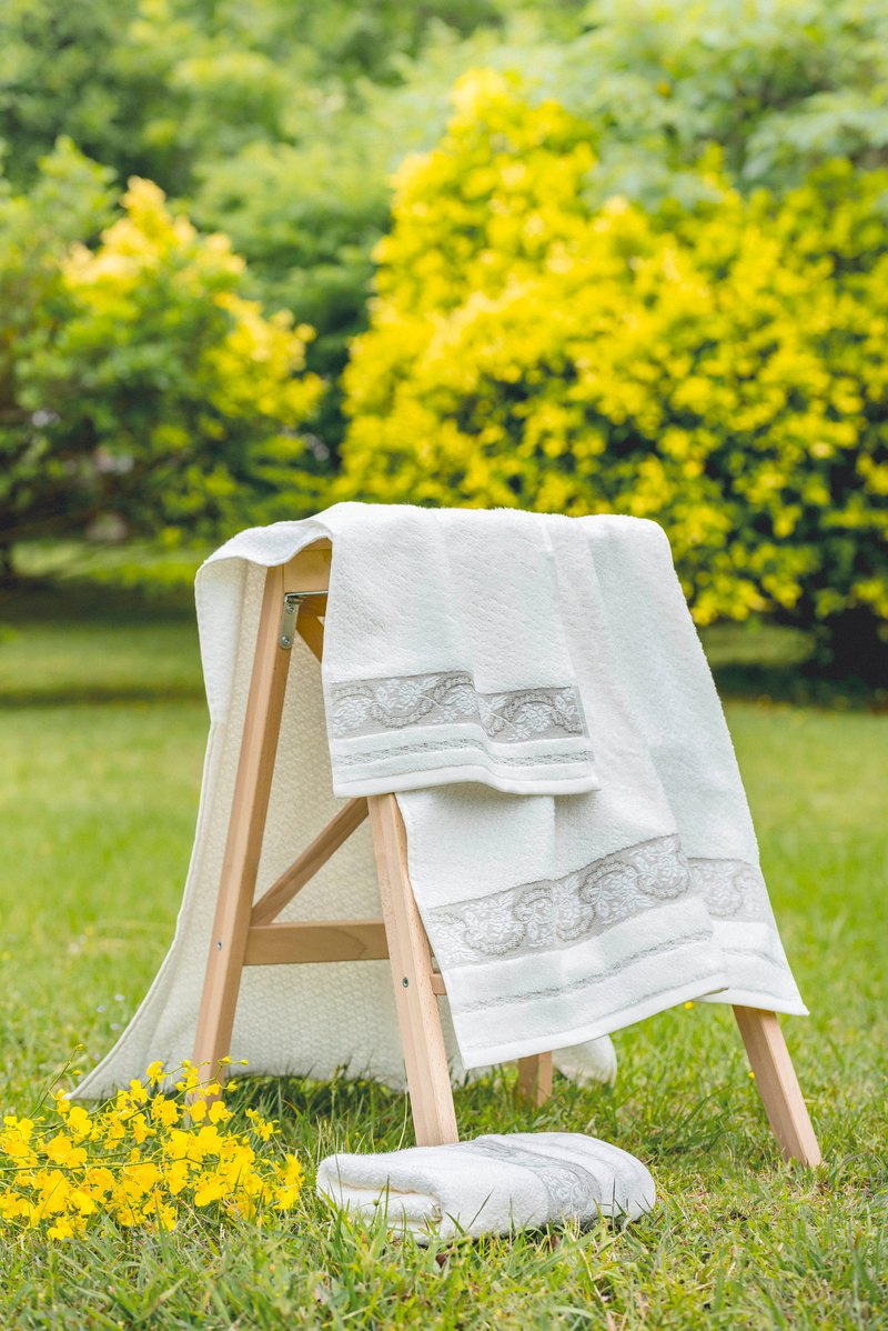 Spring Love Portugal Made Face Towels Towels - Three Sets of Towels I Make You Comfortable Towels